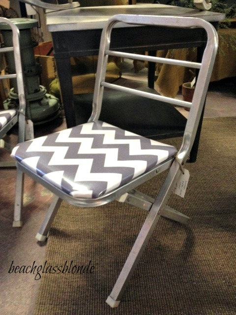 chevron kid chair